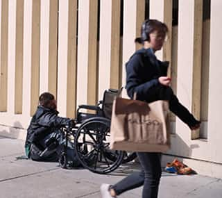 What It's Like Living on the Street? A Day in the Life of an Unsheltered Person
