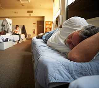 7 Practical Ways You Can Help People Experiencing Homelessness